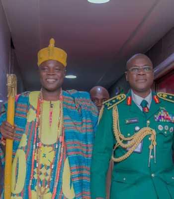 NIGERIAN ARMY CHIEF, FARUK YAHAYA, HOSTS OLOWU KUTA, RENEWS COMMITMENT TO NATIONS SECURITY