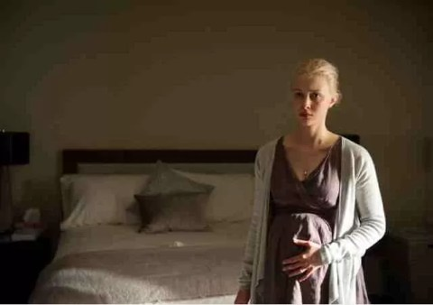 Still of Enemy - Sarah Gadon as Helen (Anthony Claire's Wife)