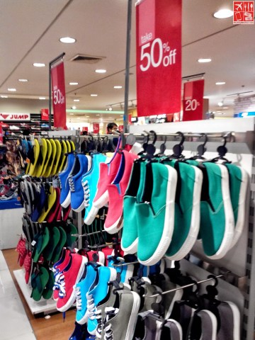 Sneakers for less than P500 at SM City Sta Mesa 3-Day Sale Aug 15 2014