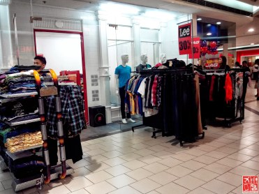 Discounted Jeans at SM City Sta Mesa 3-Day Sale Aug 15 2014