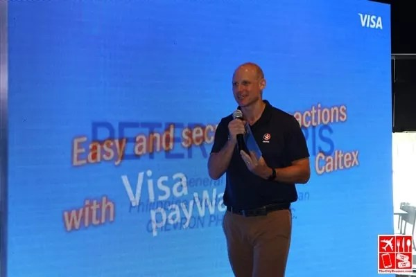 Chevron Philippines Country Chairman Peter Morris at the Caltex Visa payWave event