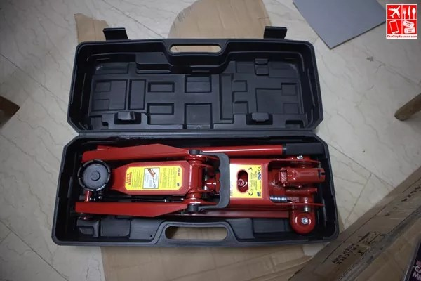 Red X Hydraulic Floor Jack unboxed
