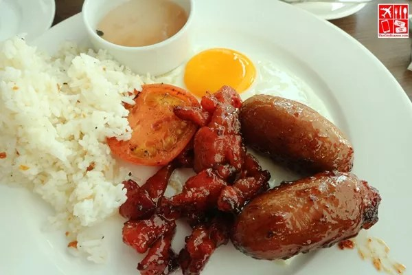 Filipino Breakfast at Mi Tapas