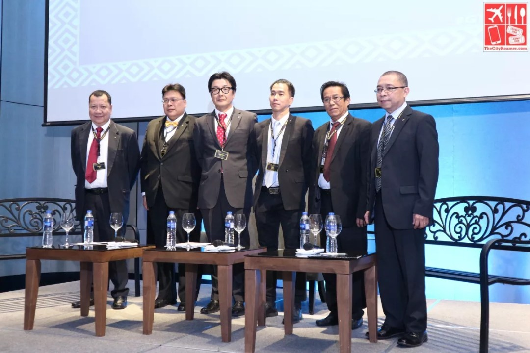 Daikin Management Team at the press conference