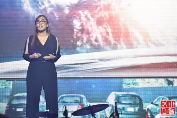 Lea Cua, Samsung Product Marketing Manager for Flagship Smartphones, present the features of the SAMSUNG Galaxy S9 and S9+ to Philippine Media