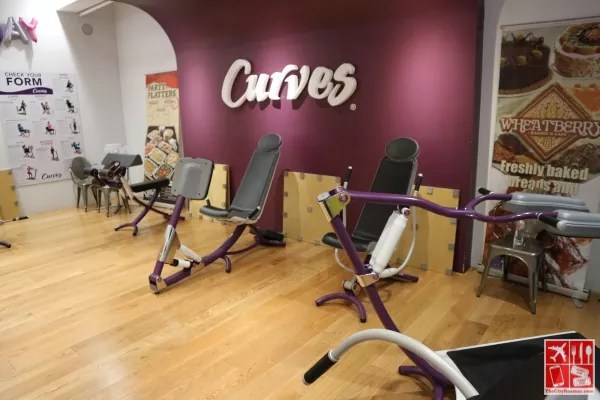 Workout area of Curves Magnolia