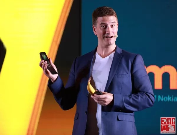 Joining the Originals family is the reimagined Nokia 8110 4G, coming to the Philippines in May and will be available in Traditional Black and Banana Yellow