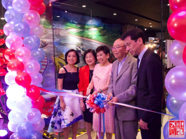 Mrs Elaine Kahn, Mrs Aida Coliangco, Mrs Lily Libi Chan, Mr Shunsaku Tamiya, Mr Ferdie Kahn at the ribbon cutting ceremony of The Brickyard