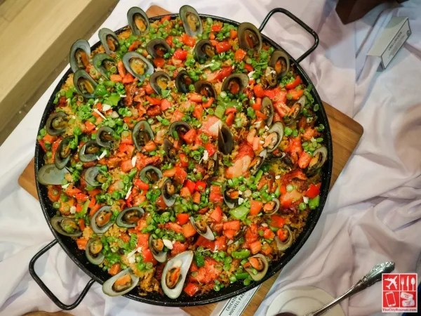 Chicken and Mussels Paella Style