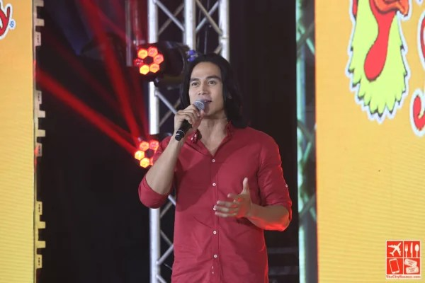 Piolo Pascual at the launch of Andok's Spicy Dokito