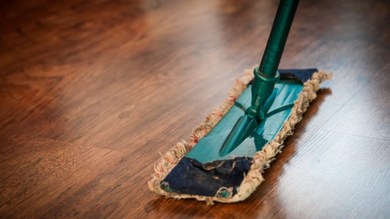 can you use swiffer on tile floors