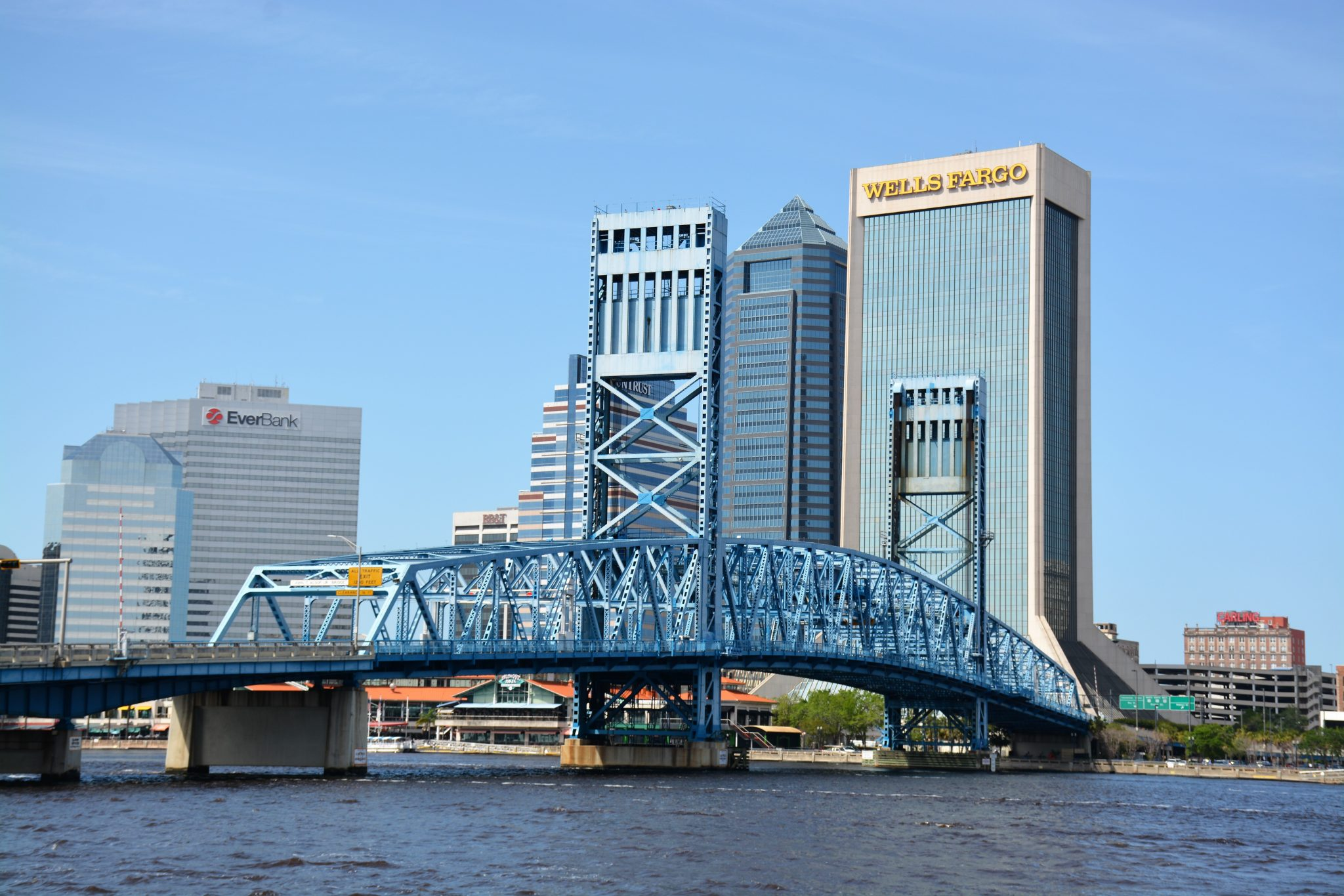 4 Ridiculous Myths that Scare People Away from Jacksonville