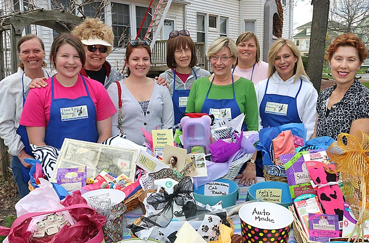 Raising funds for kittens in Asbury Park were Diane Yanosh, Dianna Mincolla, Dee Williams, Aja Gonzales, Robyn Flintoft, Marianne Bays, Samantha Bowers, Cathy Price and Darci Lombardo.