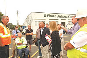 Allenhurst officials met with state officials this week to discuss the closing of the Allen Avenue railroad crossing.