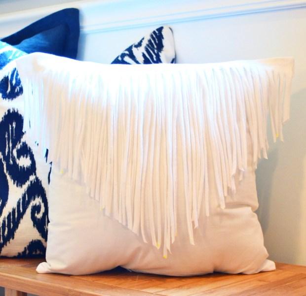 Finge Pillow