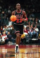 flashback-michael-jordan-air-jordan-13-white-1