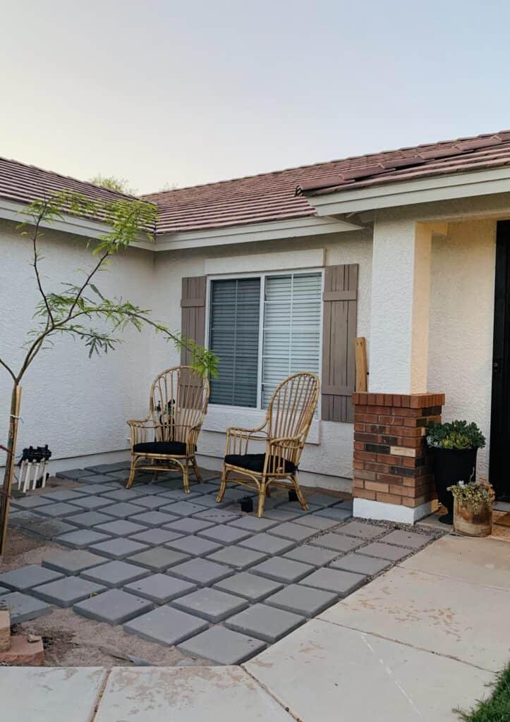 diy a concrete paver pea gravel patio