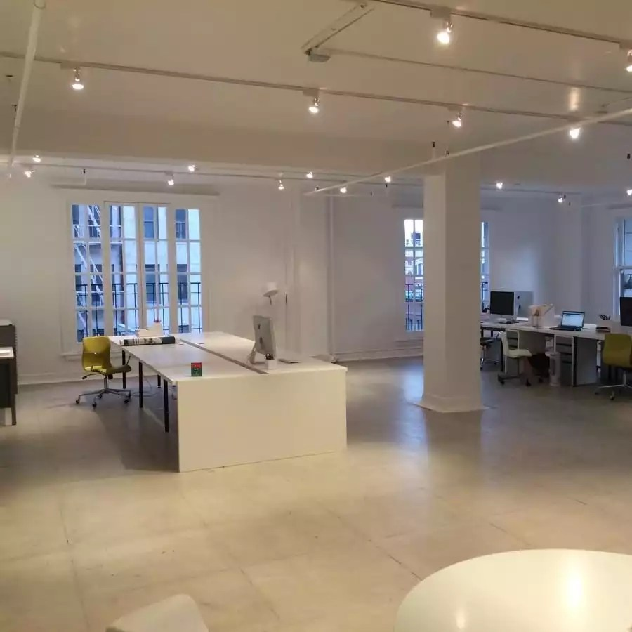 Large Open Executive Office Space to Rent in LA - The Collection
