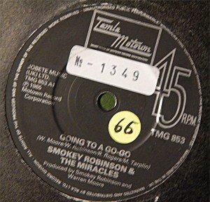 Smokey Robinson & The Miracles-  Going To A Go-Go