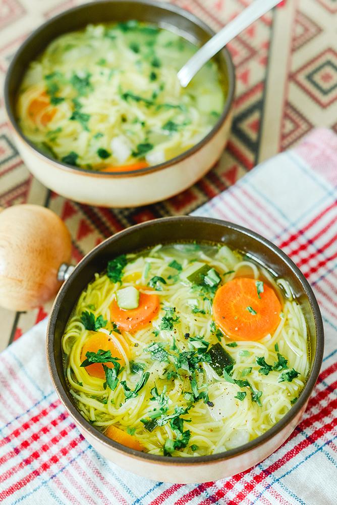 Supă cu tăiței