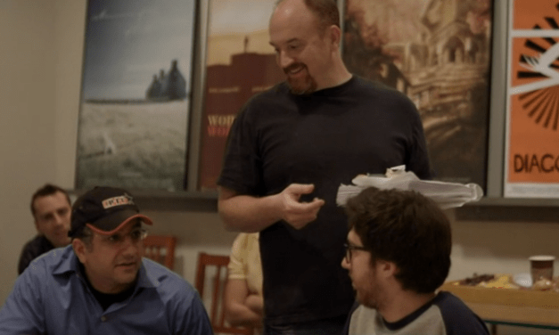 "Screencap of the day: Ali from The PIT, Amir from CollegeHumor and Louis CK on ""Louie"""