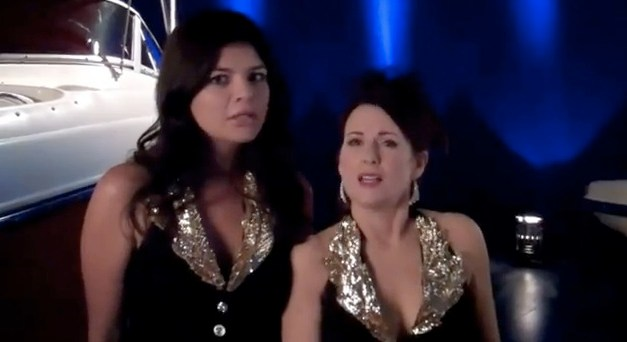 "Megan Mullally and Casey Wilson sing ""Torn"" in this ""Happy Endings"" teaser"