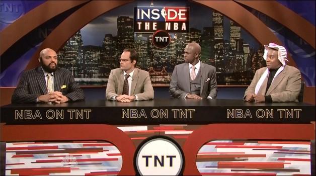 SNL #37.11 RECAP: Host Charles Barkley, musical guest Kelly Clarkson