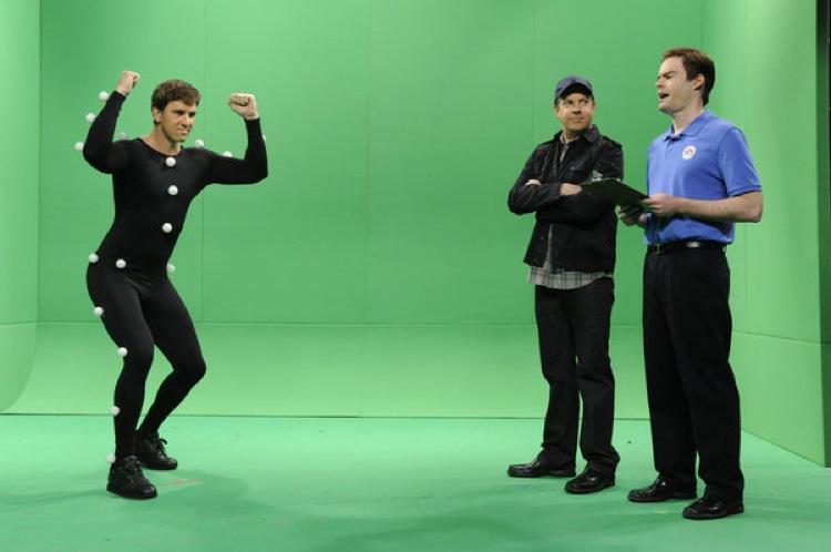 SNL #37.20 RECAP: Host Eli Manning, musical guest Rihanna