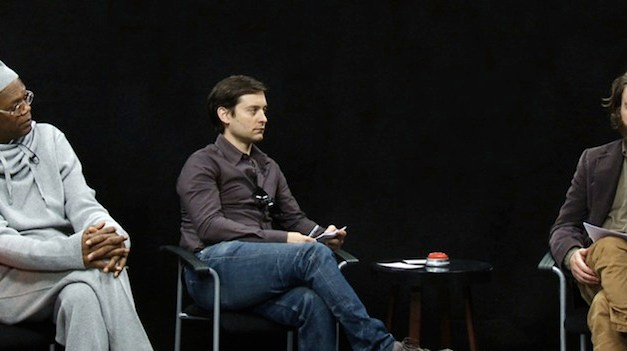 Merry Christmas from Between Two Ferns with Zach Galifianakis, and Samuel L. Jackson, Tobey Maguire and Arcade Fire