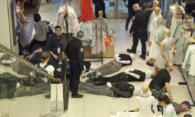 Gap employee calls 911 on Improv Everywhere for masquerading as store mannequins