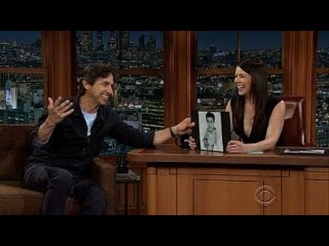 Lauren Graham would like to host late-night TV, wishes more women could
