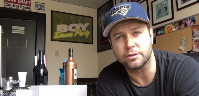 Taran Killam bids fond farewell to his SNL dressing room with sincere and silly videos