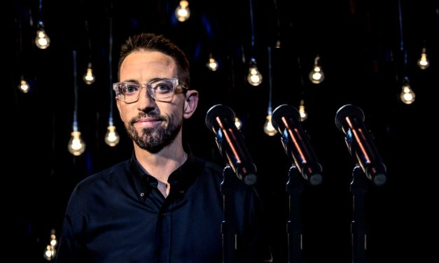 "Review: Neal Brennan ""3 Mics"" on Netflix"