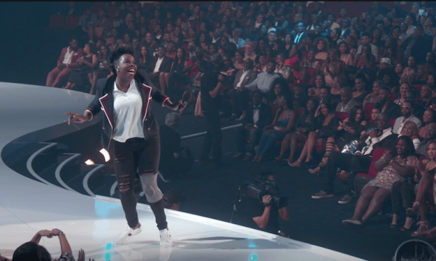 Watch Leslie Jones host the 2017 BET Awards