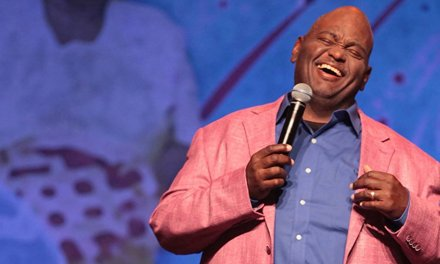 "Review: Lavell Crawford, ""Home for the Holidays"" on Showtime"