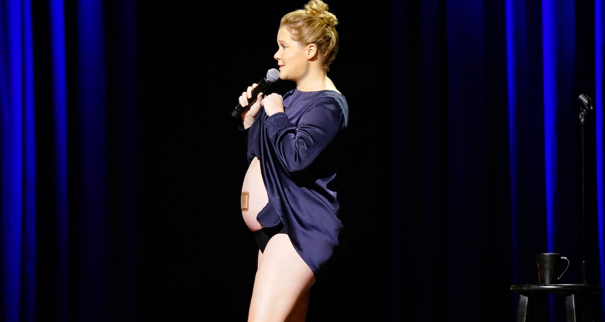 """Review: Amy Schumer, """"Growing"""" on Netflix"""
