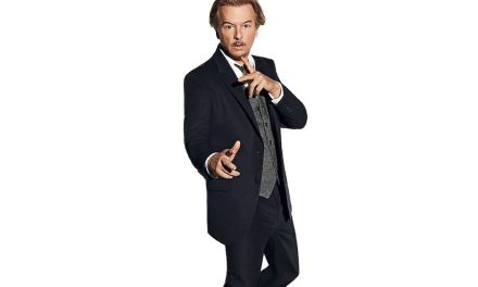 """""""Lights Out with David Spade"""" premieres July 29, 2019, on Comedy Central"""
