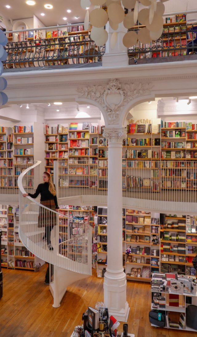 librairie-Cărtureşti-Carousel