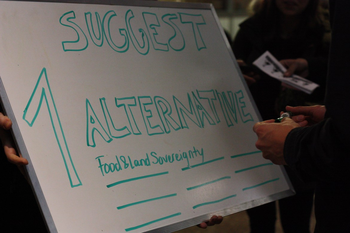 A list was created encouraging people to sign their ideas of alternatives to DAPL. Photo by Savanna Craig.