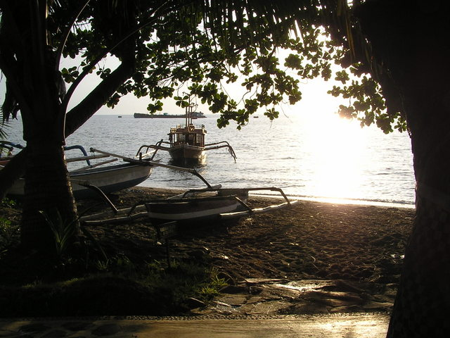 The foreshore at the Puri Bagus resort, Lovina and the view from my daybed