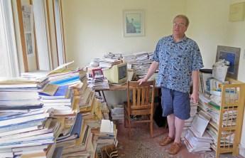 Jim Pearlman in his office. Photo credit: Dan Kraker