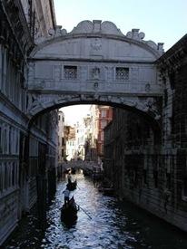 Ponte dei Sospiri (the Bridge of Sighs)