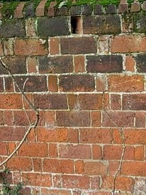Defects in Brick Masonry due to Effects of Weather
