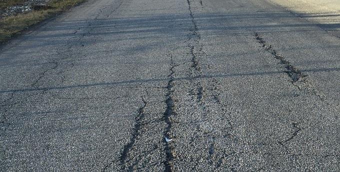 Strength and Failure of Bituminous Pavement Materials