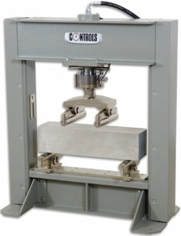 Flexural Test Machine and Concrete Specimen