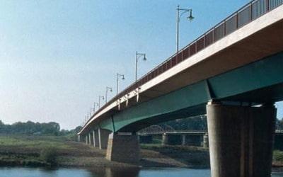 Bridge load transfer