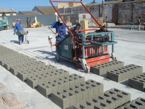 sandcrete block manufacturing and testing