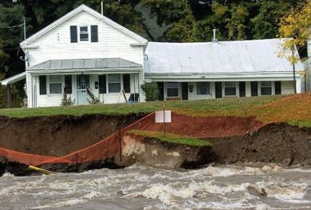 Safety of a house endangered by flood