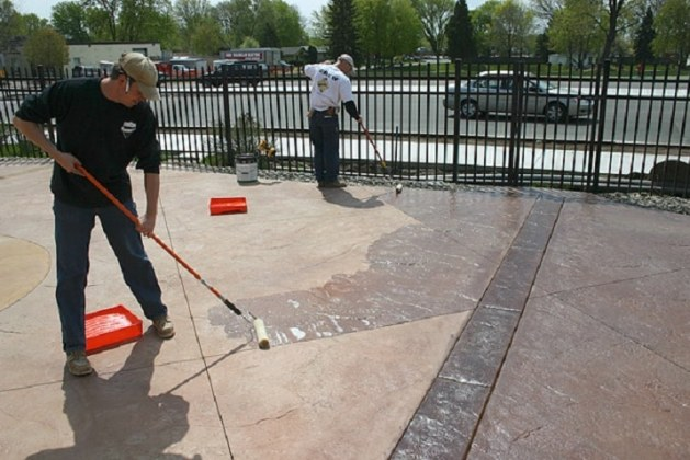 Water Versus Solvent Based Concrete Sealers