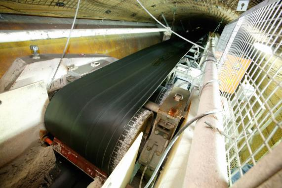 Muck removal system of TBM.